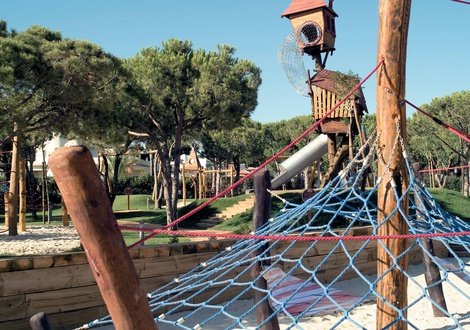 Kids club As Cascatas Golf Resort & Spa Vilamoura Vilamoura